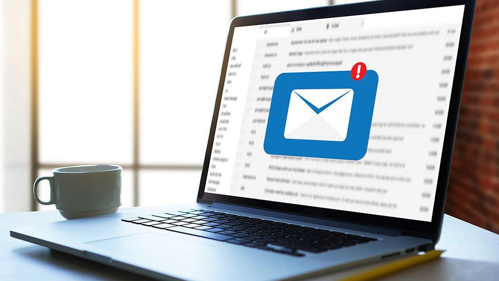 Come faccio a impostare un account e-mail su Windows 10?